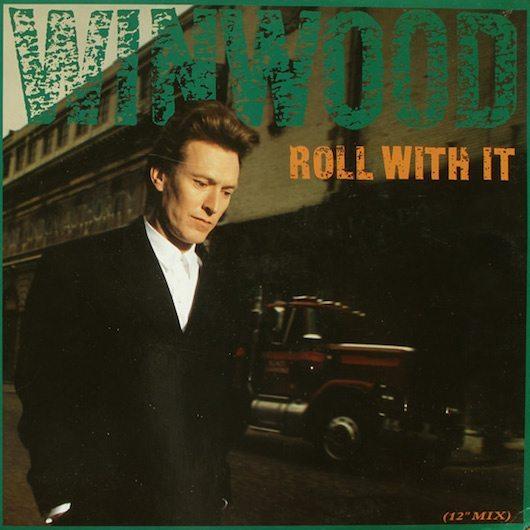 ガンズを抑えて1位になったスティーヴ・ウィンウッドの『Roll With It』