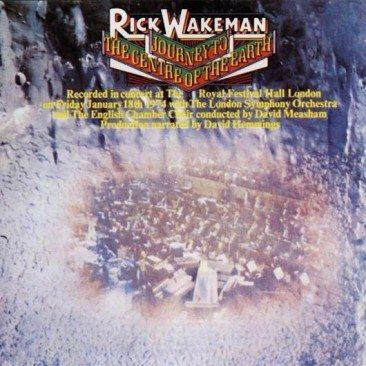 レーベルからは懐疑的に見られ、自分で資金を出すことになったリック・ウェイクマンの『Journey To The Centre Of The Earth(邦題:地底探検)』