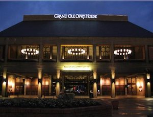grand-ole-opry-house-front