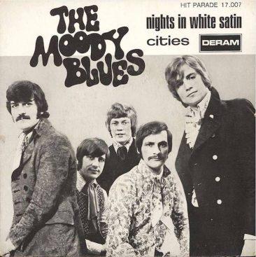 ムーディー・ブルース「Nights In White Satin (邦題: サテンの夜)」のゆっくりとしたチャートアクション