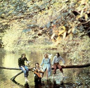 ウィングスのデビュー・アルバム『Wild Life』は異色作