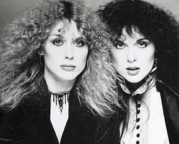 Ann-and-Nancy-Wilson-366x294