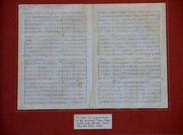 ザ・ビートルズ「Eleanor Rigby」楽譜がオークションに