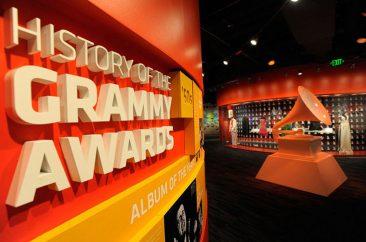 マイケル・ジャクソン、テイラー・スウィフトのアイテムがニューアーク・グラミー博物館で展示