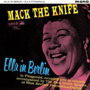 Ella-in-Berlin-----Mack-The-Knife-366x370