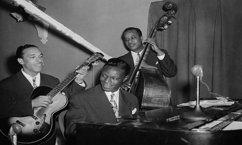 戦時中黒人のみで編成された航空部隊をインスパイアしたナット・キング・コールのヒット曲