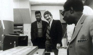 創設者の息子として至近距離で歴史を見てきたマーシャル・チェスが語る想い出話とチェス・レコード入門