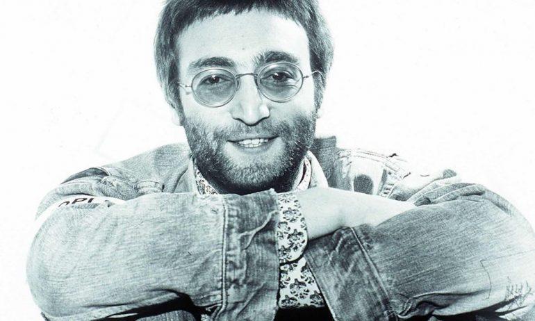 """1970年2月、ローリング・ストーン誌の表紙に登場した""""ジョンとのプライヴェートな話"""""""