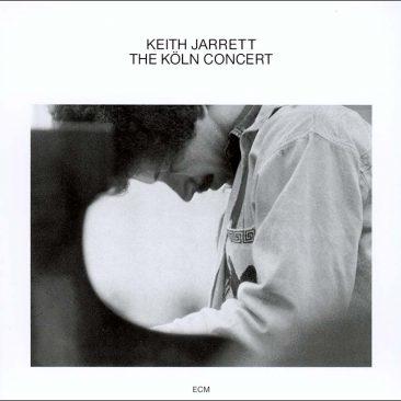 酷いピアノと体調不良で中止寸前のなか、キース・ジャレットの代表作『The Köln Concert』がどのようにして録音されたのか