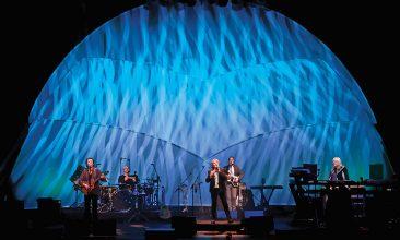 イエスのアンダーソン、ラビン、ウェイクマンによるUKライヴが映像化