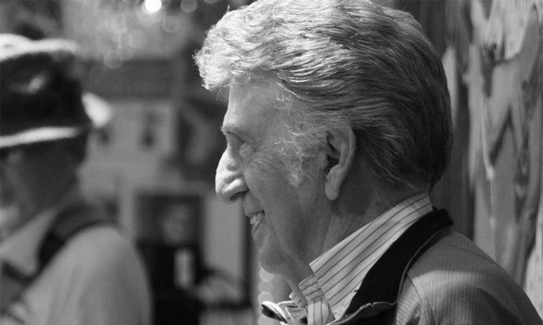 プレスリーのヒット曲「Hound Dog」などを叩いたドラマー、D.J.フォンタナ87歳で死去