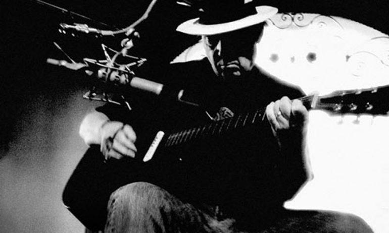 ニール・ヤングとジョニ・ミッチェルの1968年ライヴ音源が見つかる