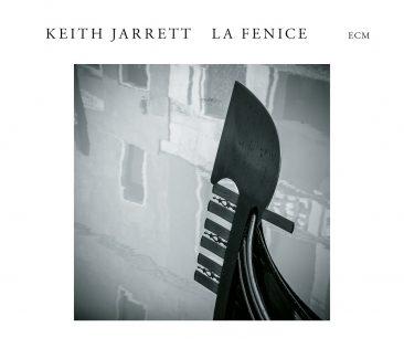 キース・ジャレットの幻のソロ・ピアノ作品『LA FENICE』が発売決定