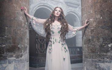 サラ・ブライトマン、5年ぶりのアルバム発売&ワールド・ツアー決定。YOSHIKI作曲の楽曲も収録
