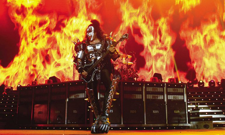 """KISSが最後の世界ツアー""""End Of The Road global tour""""を発表"""