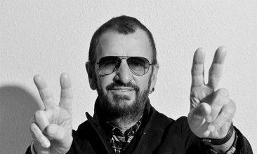 """リンゴ・スターが語る""""ホワイト・アルバム""""50周年盤、新しい写真集、そしてオールスター・バンド"""