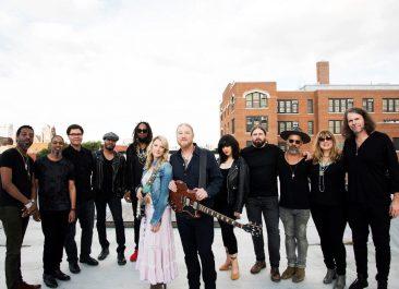 テデスキ・トラックス・バンド、2月に最新アルバム『Signs』発売。6月には約3年ぶりの来日公演決定