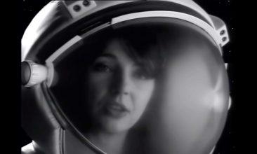 行方不明だった1991年のケイト・ブッシュによるエルトン・ジョンのカヴァー「Rocket Man」MVが公開