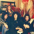 彼らこそチャンピオンだった:70年代におけるクイーンの絢爛豪華なロックの世界