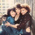 ノラ・ジョーンズによるトリオ・バンド、プスンブーツが最新アルバム『Sister』発売