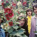 ビートルズが世界を変えた10の事象:熱狂的ファンを生み、ファッションを変え、港町を観光地に