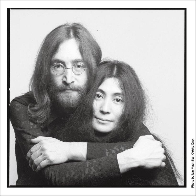 レノン 日 ジョン 誕生