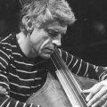 日本にも所縁のあるジャズ・ベーシスト、ゲイリー・ピーコックが85歳で逝去。その半生を辿る