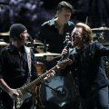 U2、自身のYouTubeチャンネルの大幅なリニューアルを発表。高画質MVやライブなどを公開へ