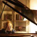 「魂のピアニスト」フジコ・ヘミング、究極のオールタイム・ベストが10月にリリース決定