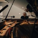リチャード・カーペンターに聞く、キャリア初のソロ・ピアノ・アルバム『Piano Songbook』の全貌